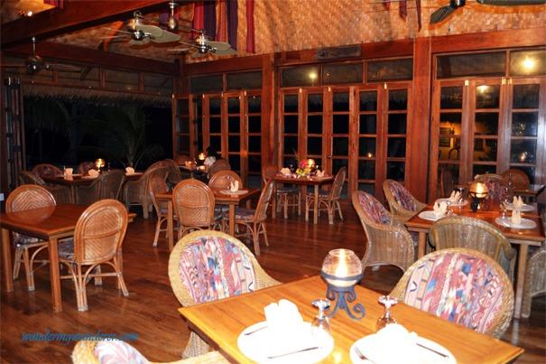 Coco Grove Beach Resort Salamandas Restaurant