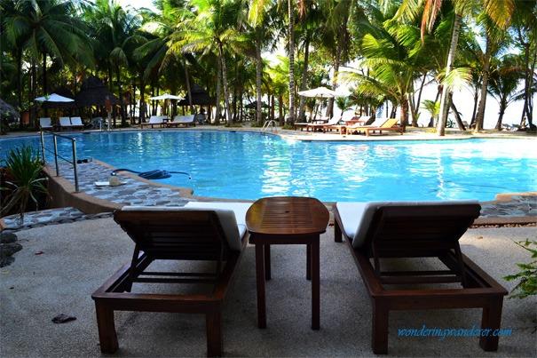 Coco Grove Beach Resort Pool