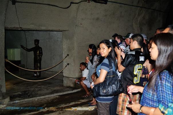 Crowd in Malinta Tunnel