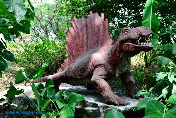 Dinosaurs Island - Clark, Pampanga Dimetrodon