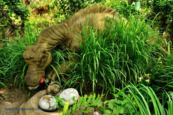 Dinosaurs Island - Clark, Pampanga Maiasaura
