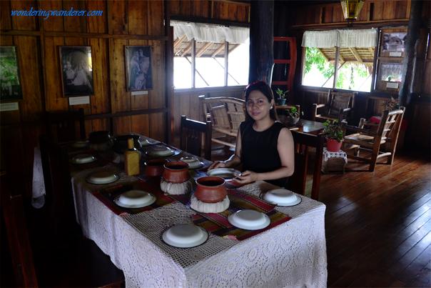 Doña Aurora House Dining Table