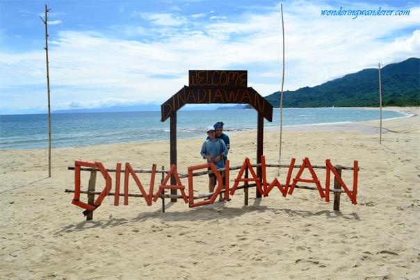 Dinadiawan Beach bamboo logo