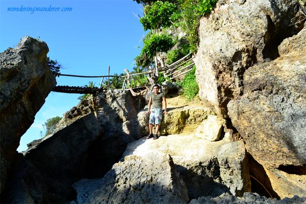 Guisi Beach yellow rocks