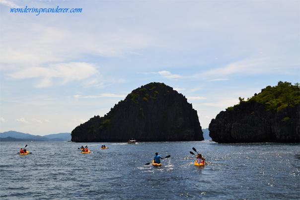 Kayaking to the Big Lagoon - El Nido