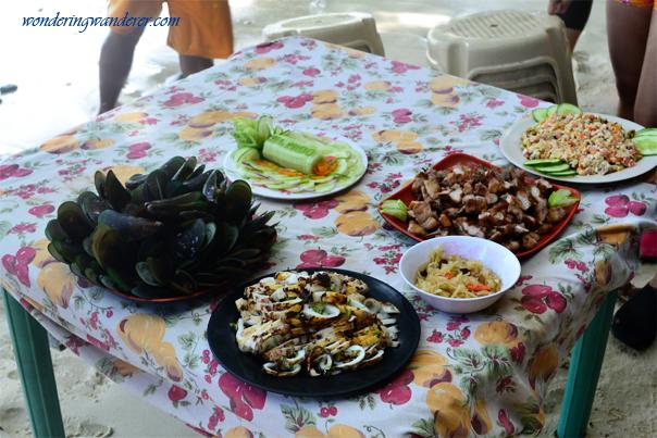 Lunch is served at El Nido, Palawan