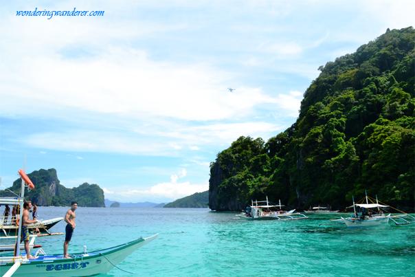 Drone before snorkeling in El Nido, Palawan