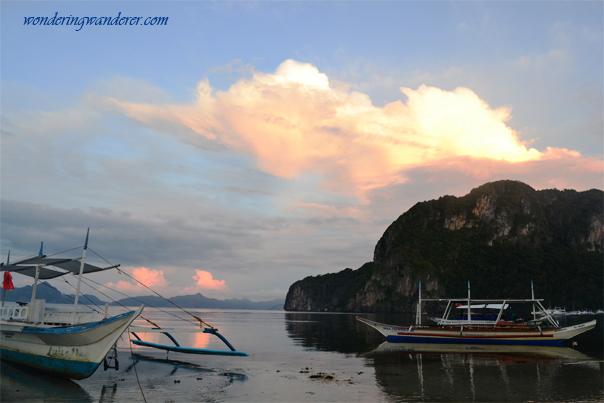 Morning at Corong-Corong Beach - El Nido, Palawan