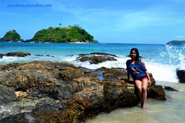 Bolog Islands in Nacpan Beach, El Nido, Philippines