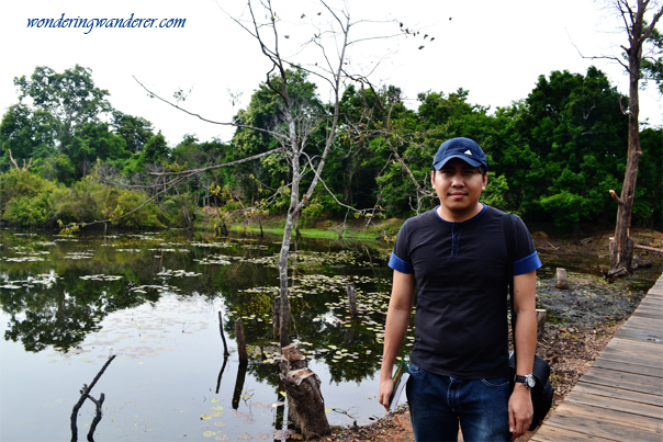 Artificial lake at Neak Poan - Fortune of the Kingdom - Siem Reap, Cambodia