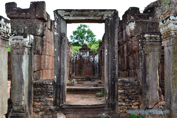 Old hall at Pre Rup Temple - Siem Reap, Cambodia