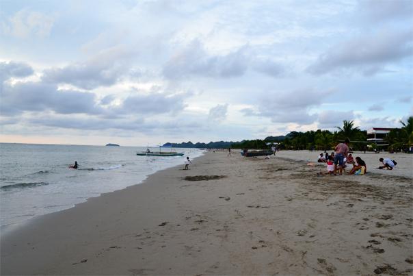 Poblacion Beach Stretch