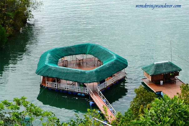 Floating restaurant of Perth Paradise Resort