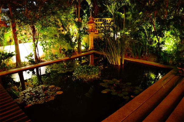 Zen Garden of TeaHouse Asian Urban Hotel