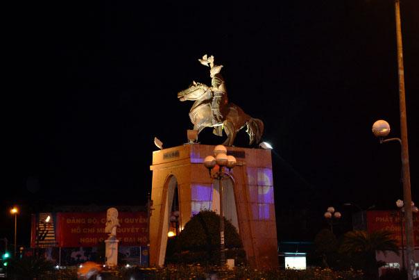 Tran Nguyen Han Statue - Ho Chi Minh