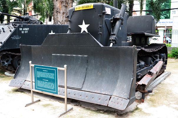 War bulldozer